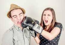 """Die TOP 10 Tipps, wie man mit """"schwierigen"""" Kollegen zusammenarbeitet"""